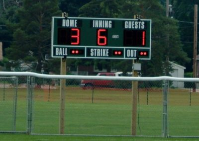 softball-scoreboard-outfield-2
